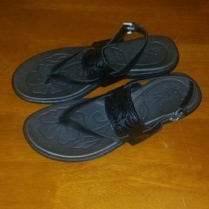 Brand New B.O.C Felicia Sandals